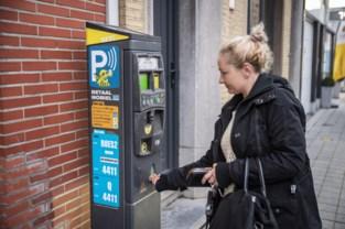 Minder parkeerboetes dankzij sms-parkeren en Shop & Go