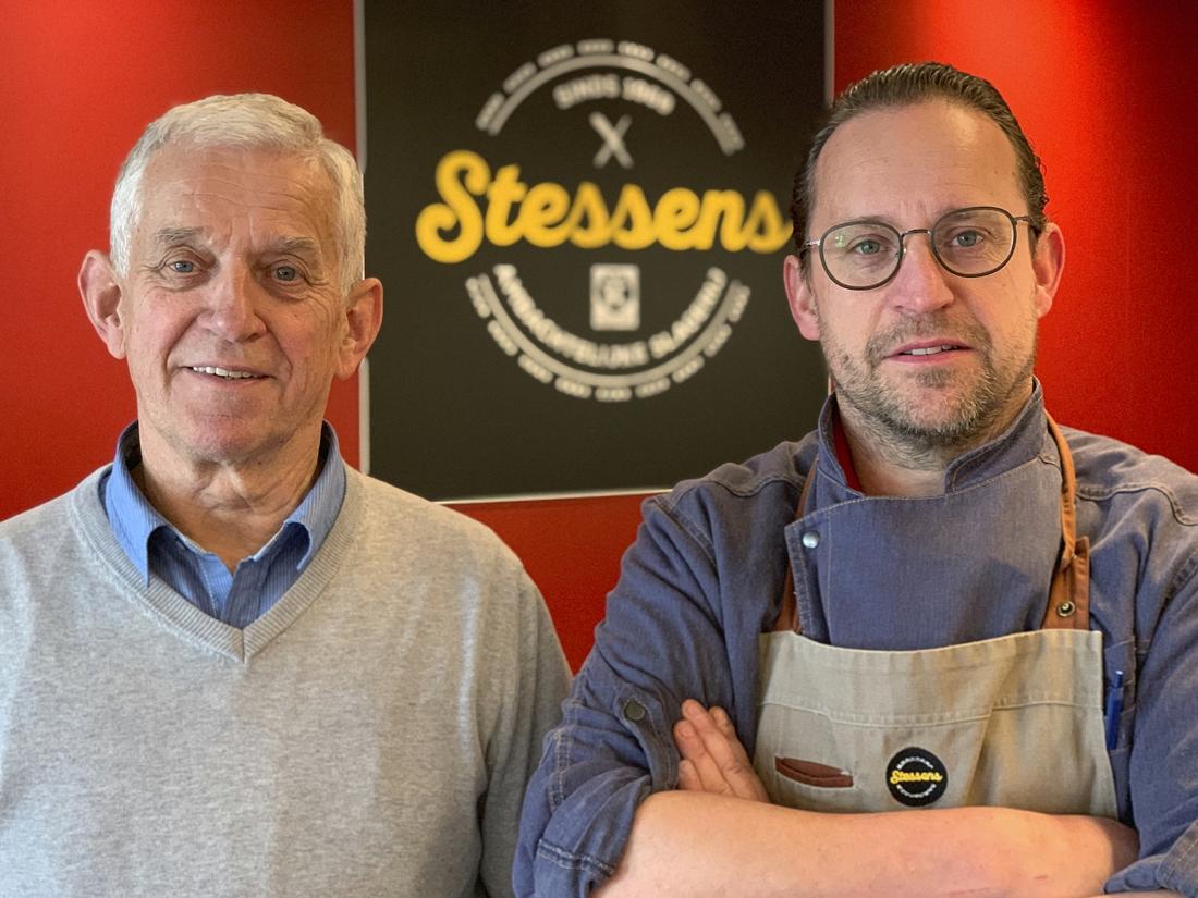 """Keurslager Stessens gaat na halve eeuw uitdagingen niet uit de weg: """"Wie koopt er nog een kotelet?"""" - Het Nieuwsblad"""