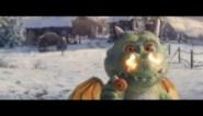 Babydraakje verpest Kerst in nieuwe reclamespot, tot hij je hart doet smelten