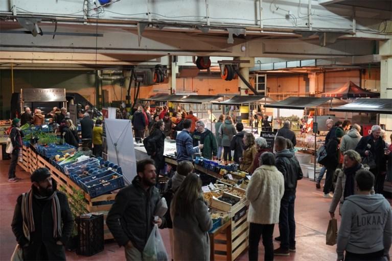"""Populaire boerenmarkt landt in oude brandweerkazerne: """"Gent kon niet ontbreken"""""""