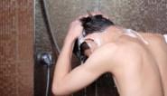 """Sensoa verheugd dat naakt douchen niet langer verplicht wordt: """"Ze zullen wel een reden hebben waarom ze dat doen"""""""