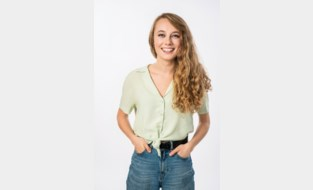 De burgemeester noemde haar twee jaar geleden nog 'een jongedame waar we van gingen horen', en hij krijgt gelijk: Alexandra (22) wordt nieuwe stem op MNM