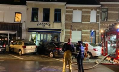 """Brand boven chocoladewinkel: """"Volledige voorraad Sinterklaasbeelden in de vuilnisbak"""""""
