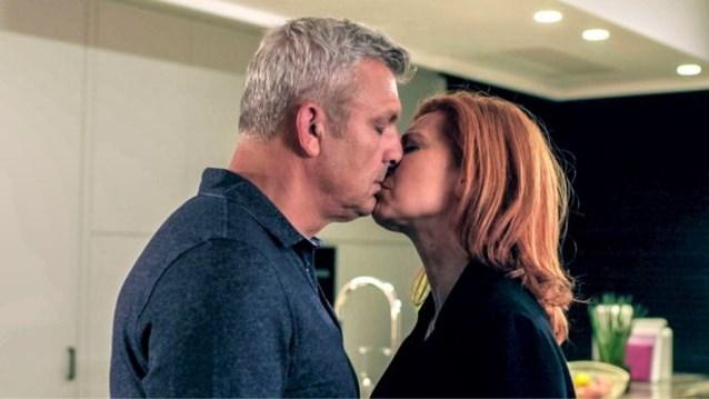 De ultieme driehoeksverhouding is terug van nooit weggeweest: Véronique neemt wraak op verloofde Lars in 'Familie'