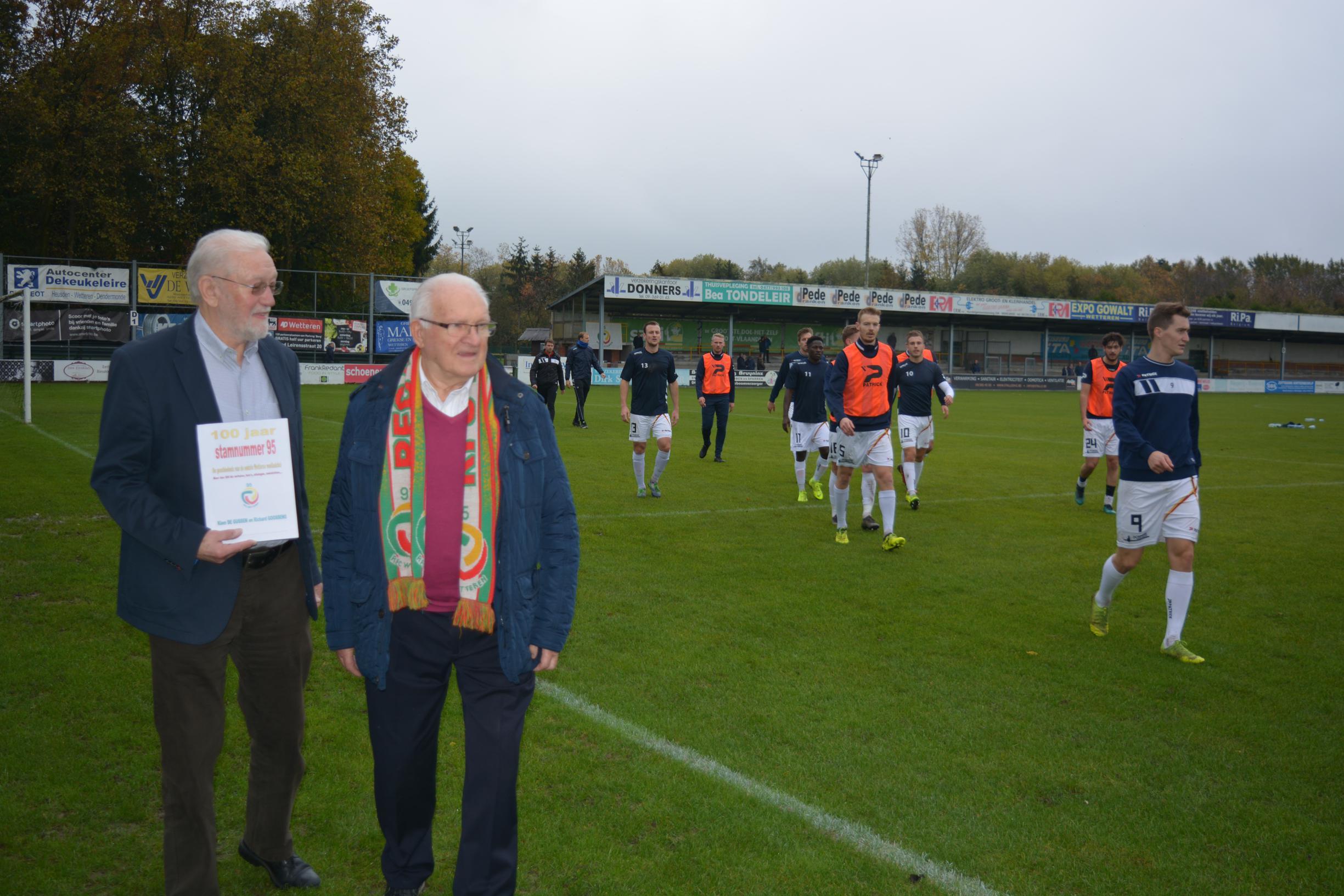 Beelden geven geheimen van oudste voetbalclub prijs (Wetteren) - Het Nieuwsblad