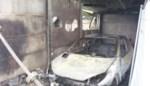 Garageboxen en auto's vernield na brandstichting