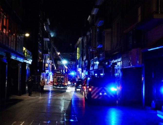 Brandweer moet bewoners uit brandend pand redden in Blankenberge