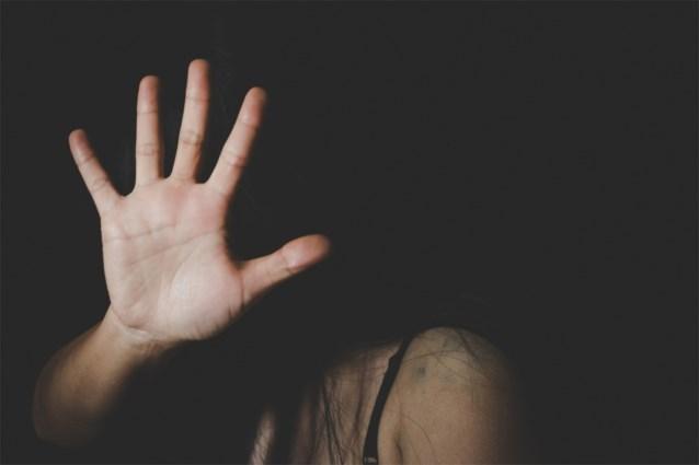 Vijftiger misbruikt minderbegaafd meisje van negentien uit Borgloon
