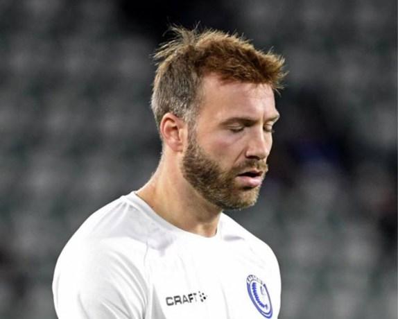 AA Gent-speler Laurent Depoitre pleegt vluchtmisdrijf na nachtelijk ongeval