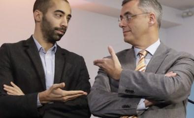 De twee laatste kandidaten die vechten voor het leiderschap van de CD&V: de kapitein van de jeugdploeg en een stijve havenbaas
