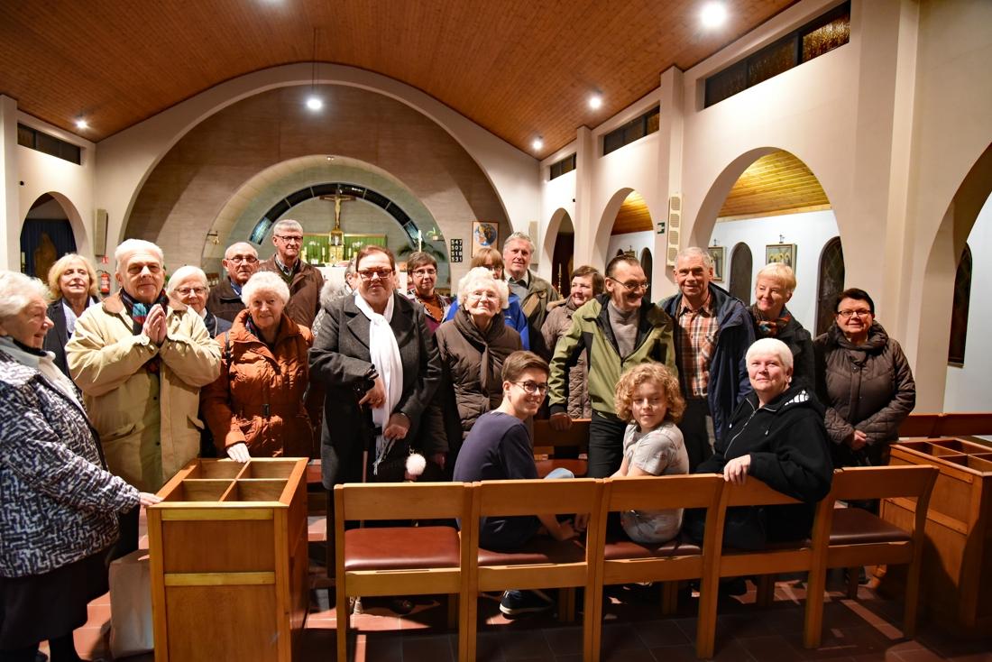 """Parochianen sturen petitie naar bisdom: """"Onze kerk zit elke mis vol. Hou ze open"""""""