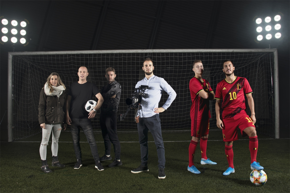 """Op de foto met de Rode Duivels was nog nooit zo makkelijk: """"Met één druk op de knop ga je in duel met Hazard of Lukaku"""""""
