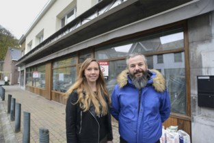 """Uitbater Bart tovert fotowinkel om tot hippe koffiebar: """"Straks zitten we over heel Vlaanderen"""""""