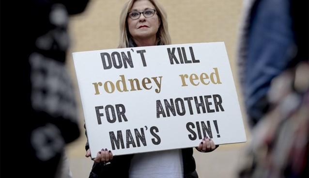 Tot de dood veroordeeld voor moord op jonge vrouw, maar dankzij supersterren op het laatste nippertje gered van executie