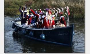FOTO. Sinterklaas komt aan in jachthaven