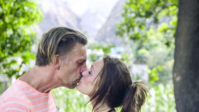 """Etienne koos dan wel voor Rebecca in 'Boer zkt vrouw', maar zo overtuigd lijkt hij niet: """"Ik schrijf Sabine nog niet af"""""""