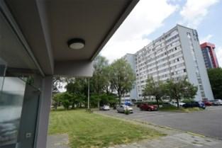 """WoninGent riskeert 120.000 euro boete voor verhuur ongeschikte sociale woningen: """"We durven geen vriendjes uitnodigen omdat het niet gezond is"""""""
