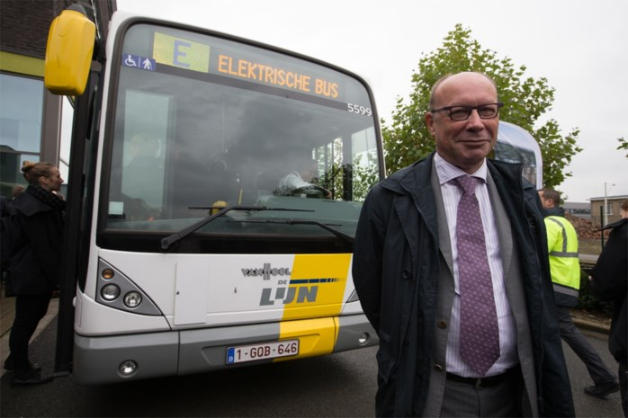 """Hoe Gent de prestigeproef met elektrische bussen door de vingers ziet glippen: """"Maanden onderhandeld over een laadpunt"""""""