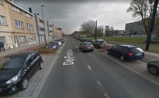 Vrouw (76) in levensgevaar na aanrijding op De Pintelaan in Gent