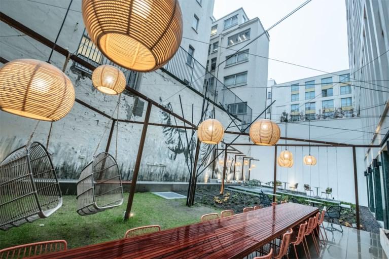 Pintjes zelf tappen en betalen door je handpalm te scannen: eerste selfservice hotel in ons land geopend