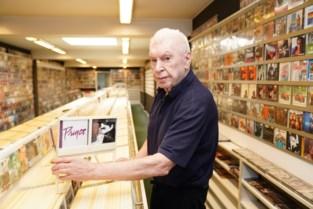 """René (77) houdt nog elke dag 'laatste cd-winkel van België' open: """"Hoe slecht ik me ook voel, tussen mijn cd's gaat het altijd beter"""""""