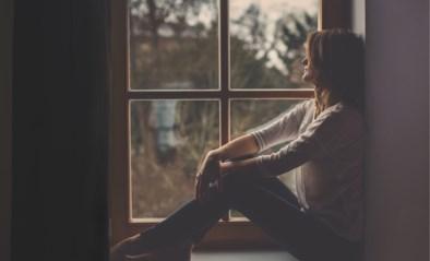 """Wat kan je doen als je je eenzaam voelt? """"Het is pijnlijk en vervelend, maar ook een kans om dingen te veranderen"""""""