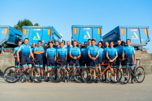 Amacro Cycling Team in nieuwe outfit