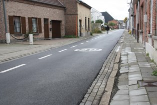 Kapellekensbaan: fraaie rijweg maar erbarmelijke stoepen