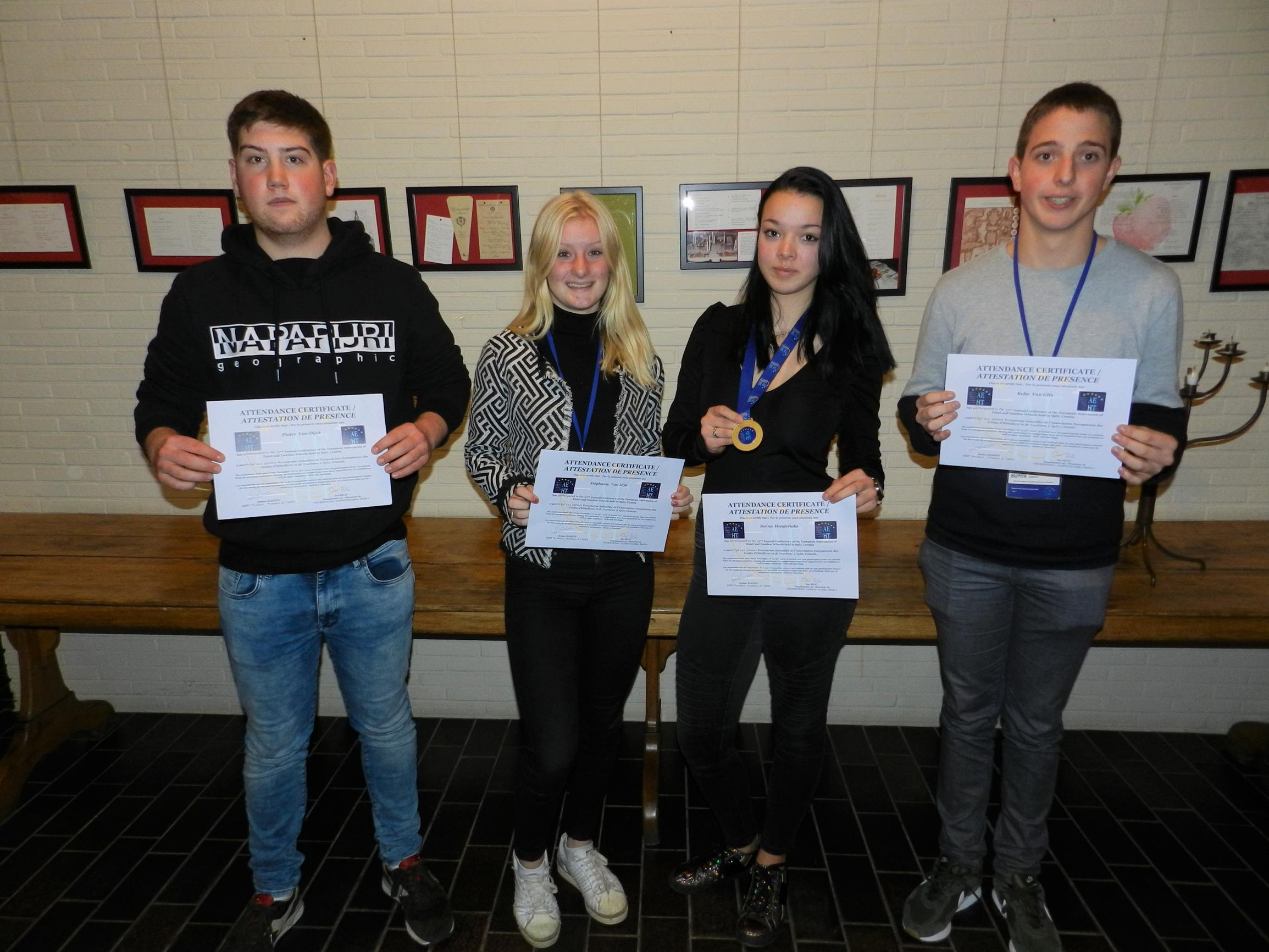 Leerlinge VTI Spijker wint gouden medaille (Turnhout) - Het Nieuwsblad