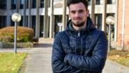 """Dakwerker Sven (29) overleeft val van tien meter hoog: """"Volgens de artsen is het een wonder dat ik nog leef"""""""