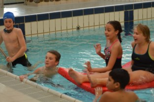 Zweminstuif bezorgt 130 leerlingen leuke namiddag