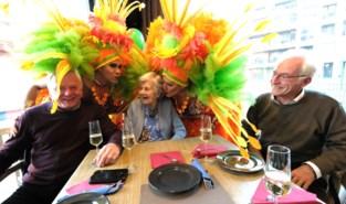 Maria viert 100ste verjaardag met... travestieshow