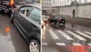 Dronken bestuurster richt tot twee keer toe ravage aan op drukke weg