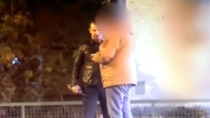 Servië in de ban van video met Russische spion, plastic zak en enveloppe