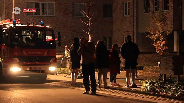 VIDEO. Brand in appartementsgebouw, bewoners geëvacueerd