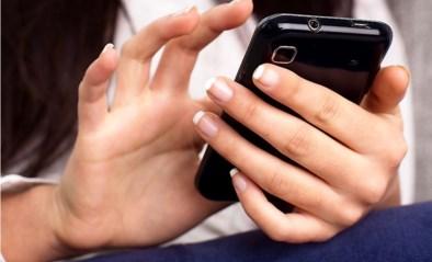 """FOD Financiën waarschuwt voor een """"massale"""" phishing-fraude via sms"""