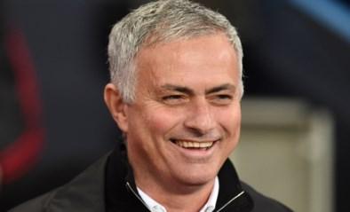 """José Mourinho toont zich op eerste persconferentie bij Tottenham van 'bescheiden' kant: """"Weinig veranderen aan speelstijl"""""""