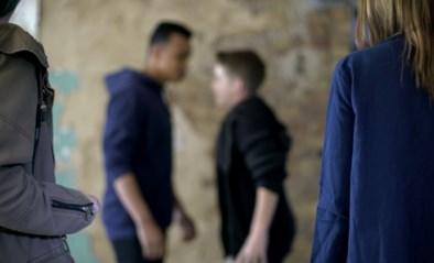 Ook Nederland in de ban van filmpjes van jongeren die in elkaar geslagen worden