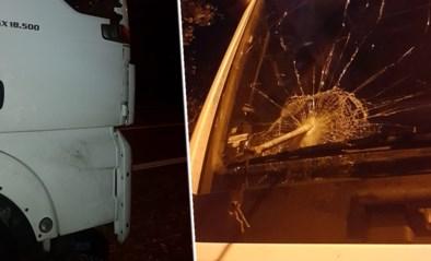 """Trucker aangevallen door transmigranten """"met speren"""", maar politie kan slechts één patrouille sturen"""
