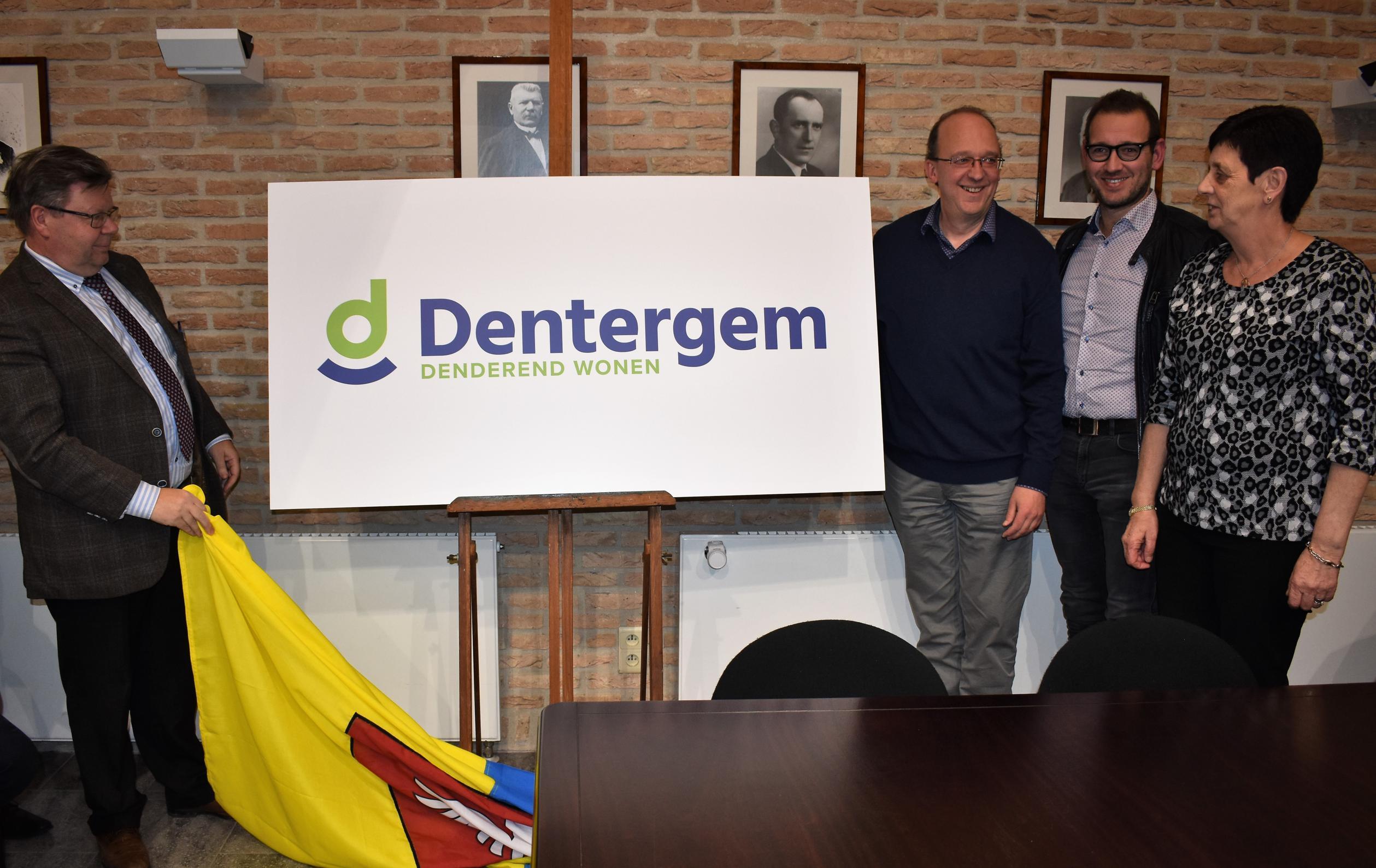 Dentergem vervangt wapenschild door modern logo
