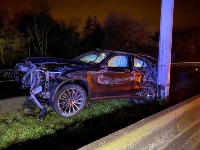 E313 naar Antwerpen sneller dan verwacht weer vrij na zwaar ongeval in Ranst