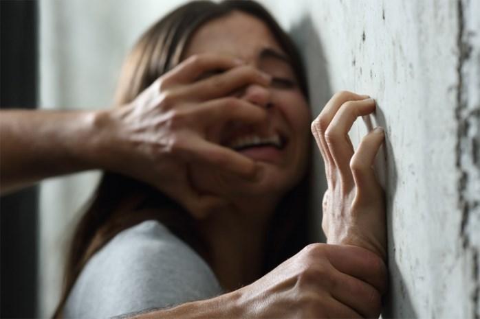 Vijf jaar cel gevraagd voor huisbaas die te intieme massages gaf aan minderjarige