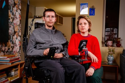 """Vader met ALS doet emotionele oproep: """"Ik zit ongeveer op het einde van mijn leven, gebruik mijn lichaam nu het nog kan"""""""