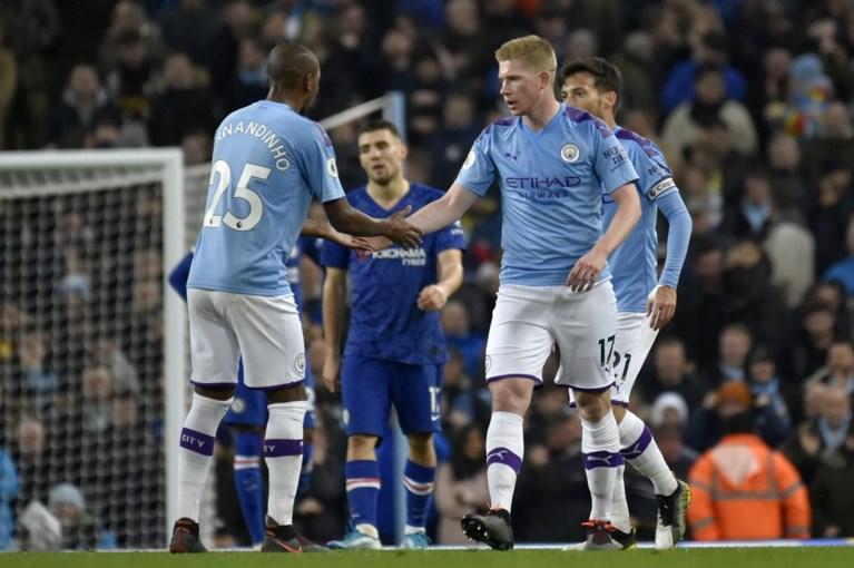 Kevin De Bruyne scoort en helpt Manchester City voorbij Chelsea in Engelse topper
