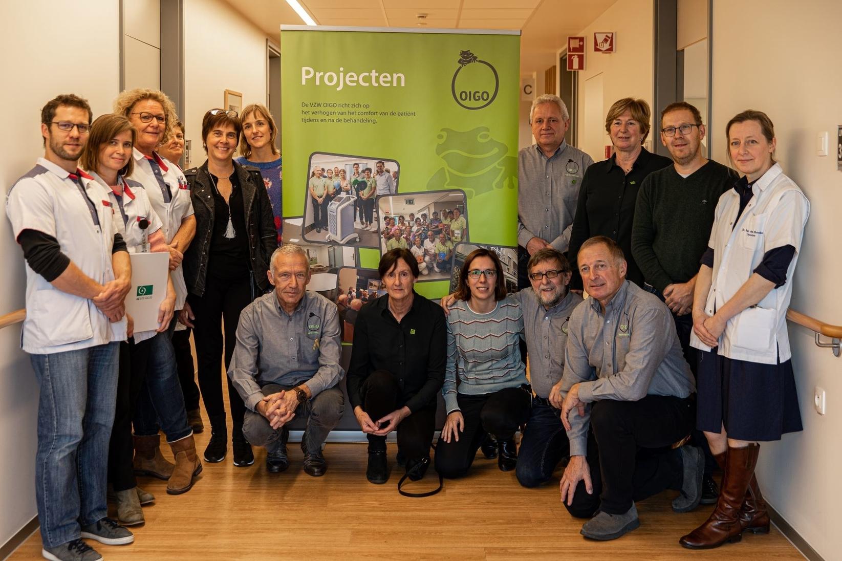 VZW OIGO financiert gespreksruimtes en waakkoffers in AZ Sint-Lucas en UZ Gent
