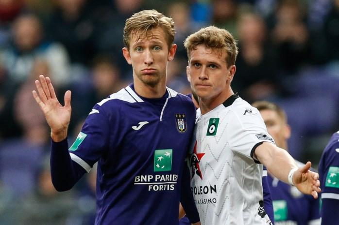 """Gedaan met lol trappen voor Michel Vlap, topaankoop Anderlecht dreigt uit de boot te vallen: """"Dat zijn pa eens stopt met tweeten"""""""
