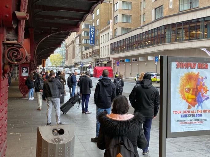 Man (42) overleden na val van dak aan Centraal Station