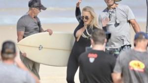 Pamela Anderson loopt nog eens een rondje op het strand voor reclamespot