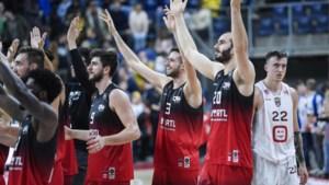 Charleroi wint in Groningen en stoot door naar tweede ronde in FIBA Europe Cup