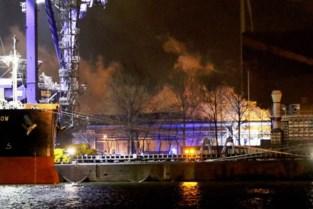 Staalproductie ArcelorMittal ligt nog hele dag lam na explosie